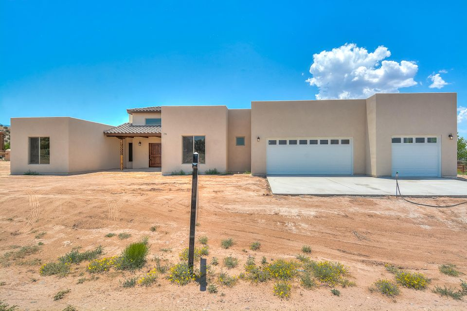 16 Via Sole Drive, Algodones, NM 87001