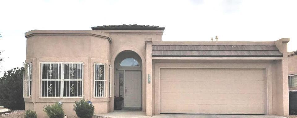 8001 Oso Loco Drive NE, Albuquerque, NM 87122