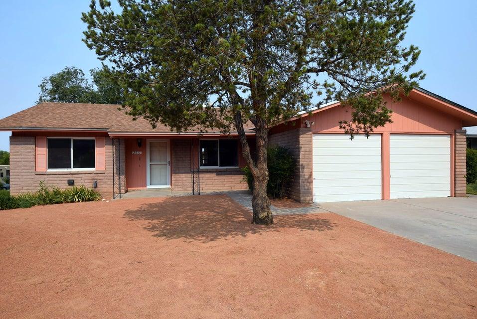 2511 Hiawatha Drive NE, Albuquerque, NM 87112