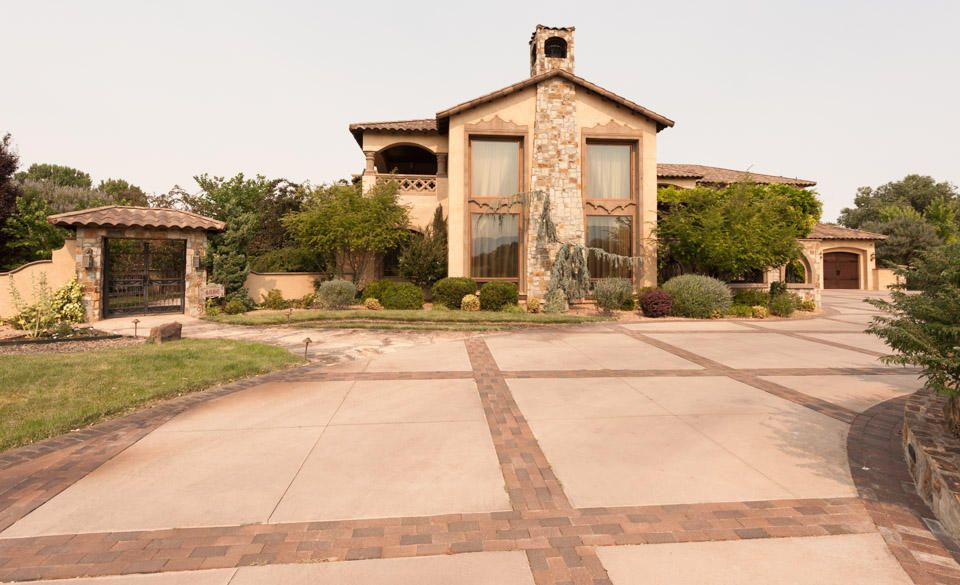4686 Los Poblanos Circle NW, Los Ranchos, NM 87107