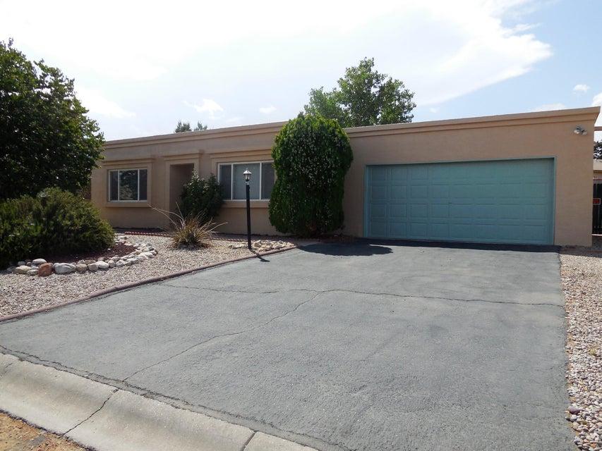 1341 Manzanita Court SE, Rio Rancho, NM 87124