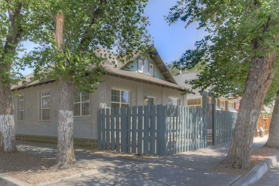702 3rd Street SW, Albuquerque, NM 87102