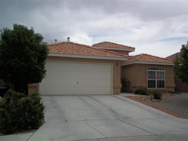 5592 Timberfalls Road NW, Albuquerque, NM 87114