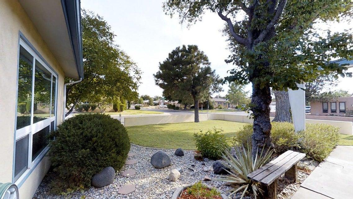 1400 Kentucky Street NE, Albuquerque, NM 87110