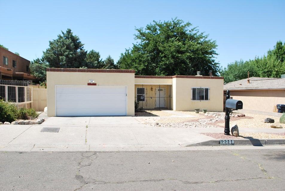 12208 Rosemont Avenue NE, Albuquerque, NM 87112