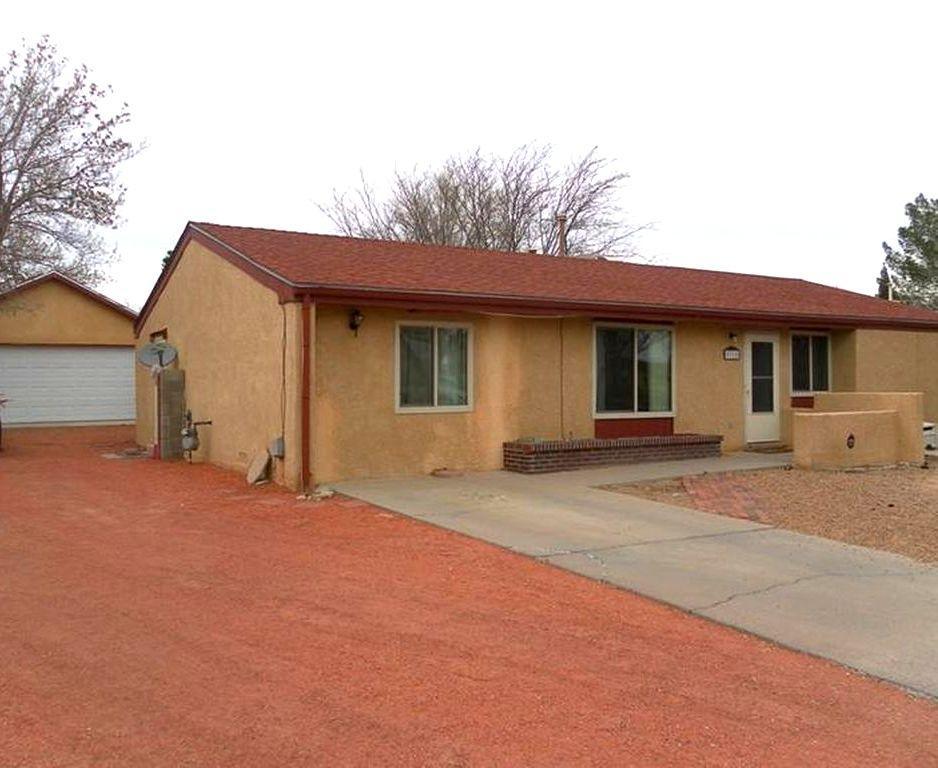 5315 Kettle NW, Albuquerque, NM 87120