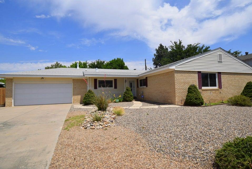 6305 Natalie Avenue NE, Albuquerque, NM 87110