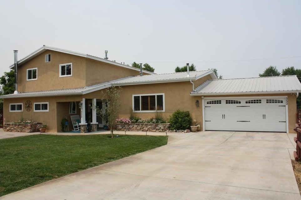 552 Golden Meadow Drive NW, Albuquerque, NM 87114