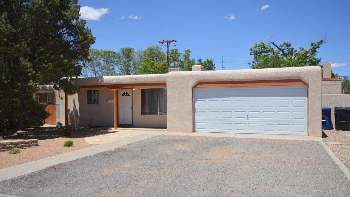 6013 Hannett Avenue NE, Albuquerque, NM 87110