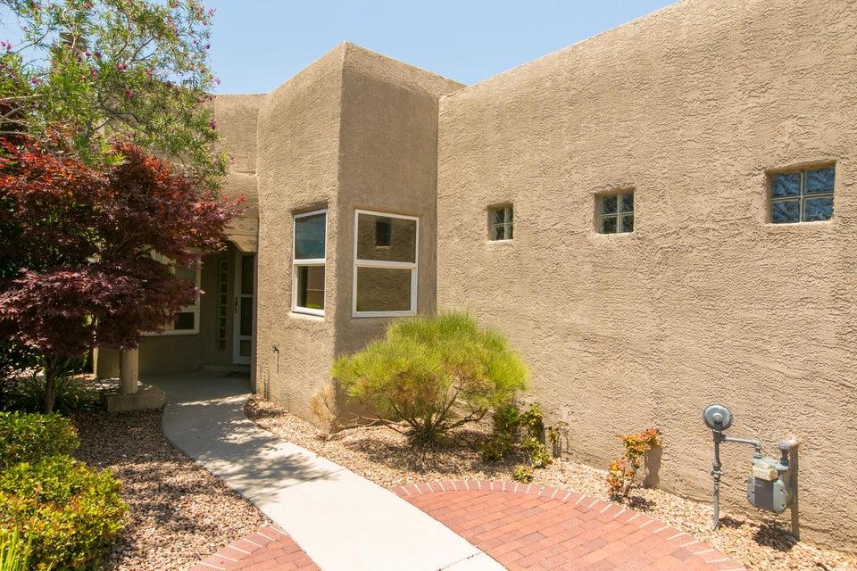 6405 Chaco Ridge Place NE, Albuquerque, NM 87111