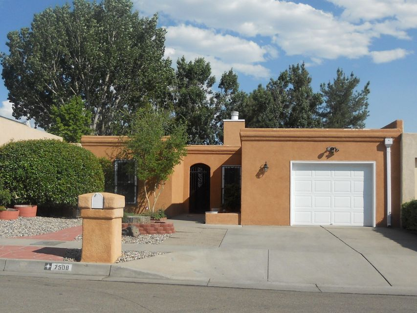 7508 NE Tamarron Place NE, Albuquerque, NM 87109