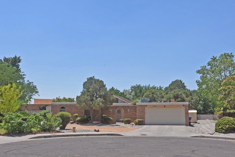 7404 Arroyo Del Oso Avenue NE, Albuquerque, NM 87109