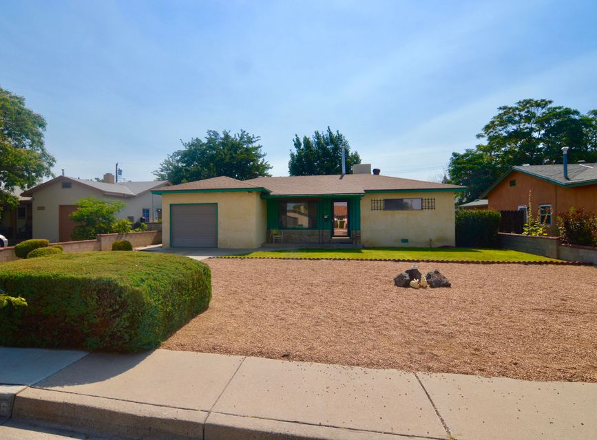 3018 Manzano Street NE, Albuquerque, NM 87110