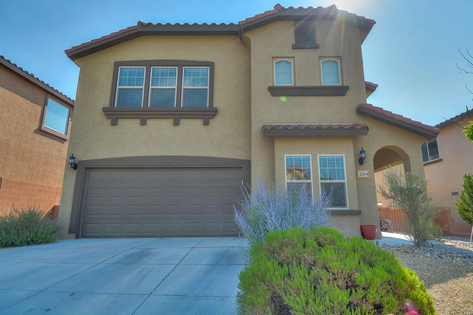 216 Loma Linda Loop NE, Rio Rancho, NM 87124