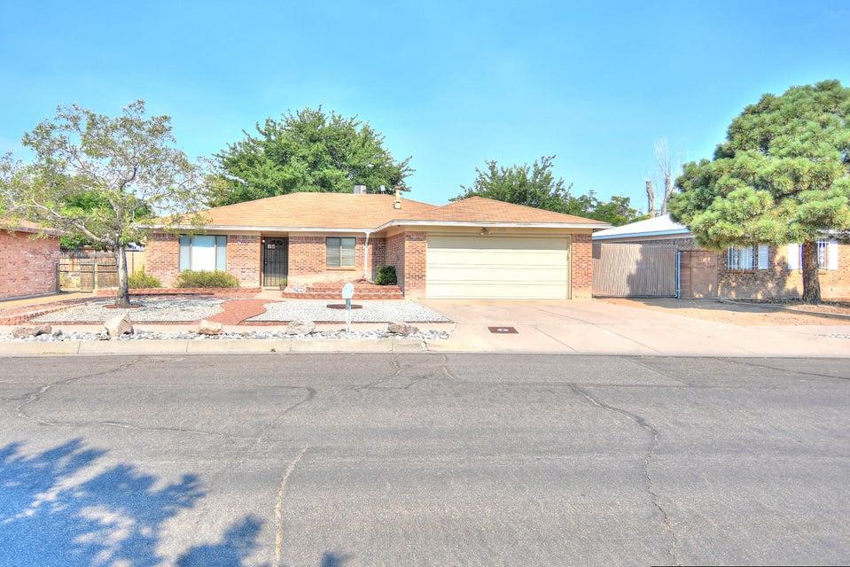 6205 Vista Montano Street NW, Albuquerque, NM 87120