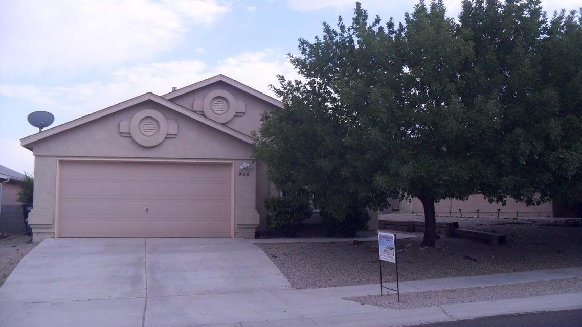 9128 NW Twin Harbor Avenue NW, Albuquerque, NM 87121