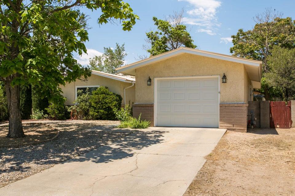7705 Calle De Cobre NE, Albuquerque, NM 87109