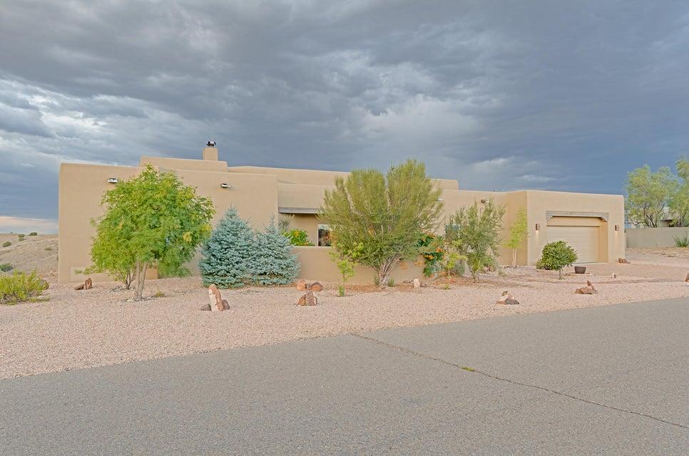 31 Second Mesa Drive, Placitas, NM 87043