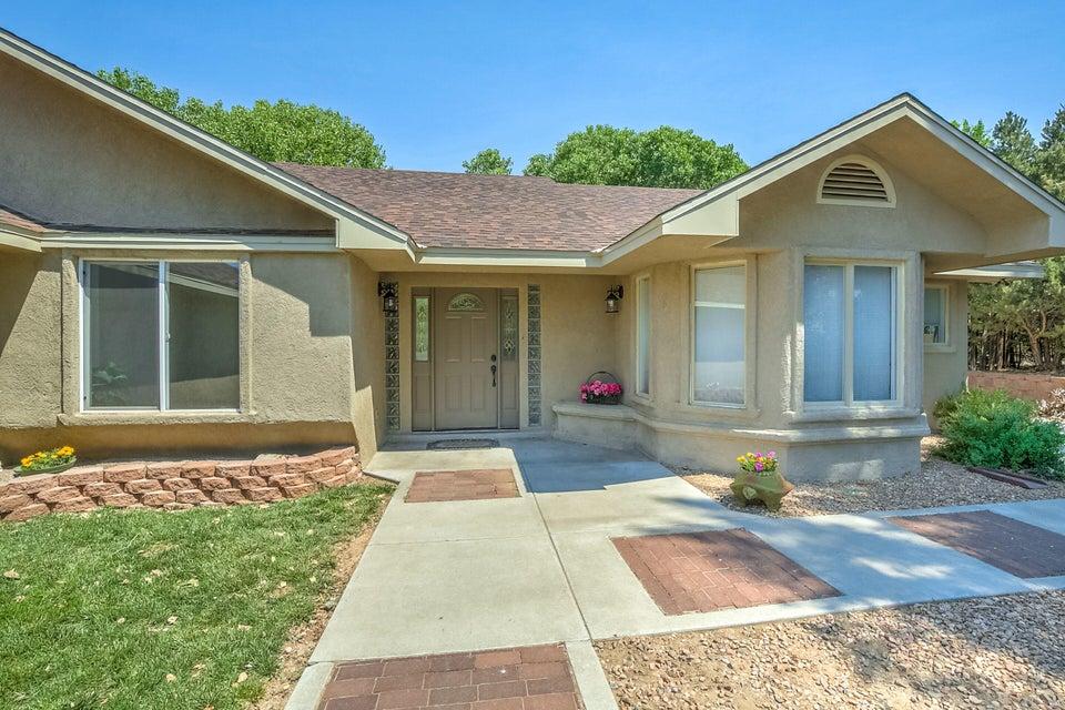 20 Silver Hills Road SE, Albuquerque, NM 87123