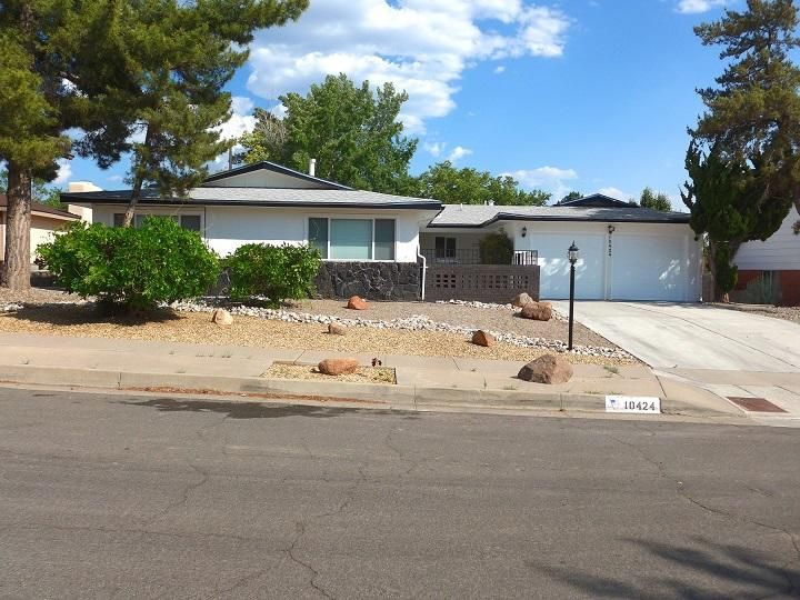 10424 NE Santa Susana Road NE, Albuquerque, NM 87111