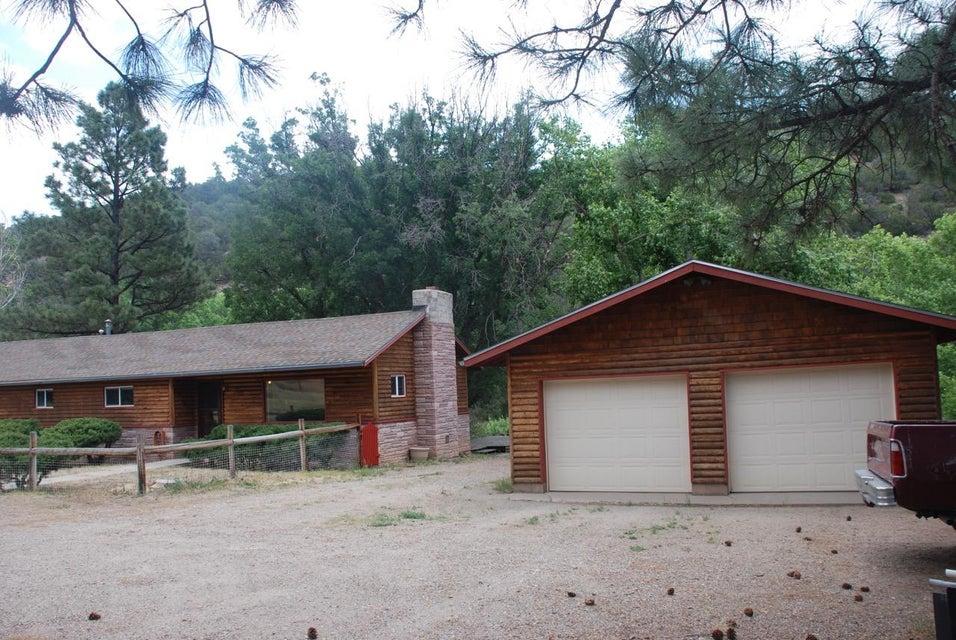 12068 N State Highway 14, Cedar Crest, NM 87008