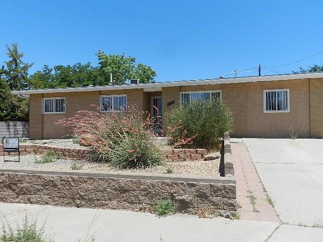 11605 Copper Avenue NE, Albuquerque, NM 87123