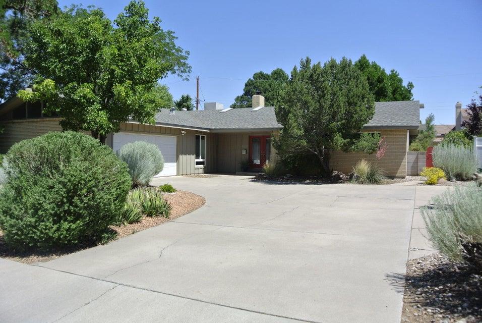 7501 Mcnerney Avenue NE, Albuquerque, NM 87110