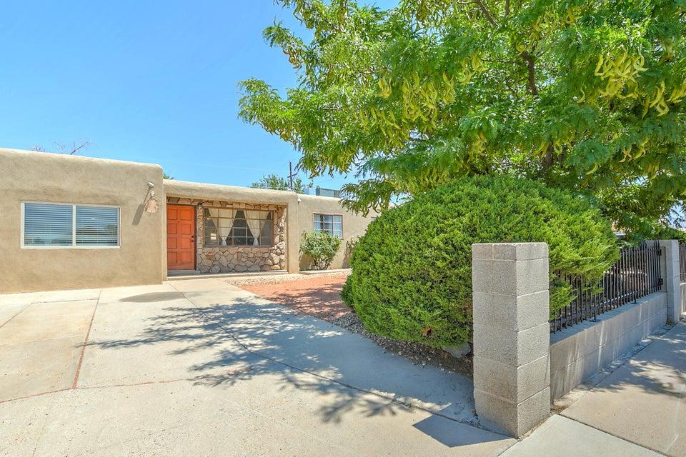 8105 Kathryn Avenue SE, Albuquerque, NM 87108