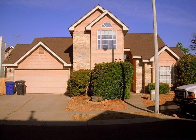 7817 Redberry Street NW, Albuquerque, NM 87120