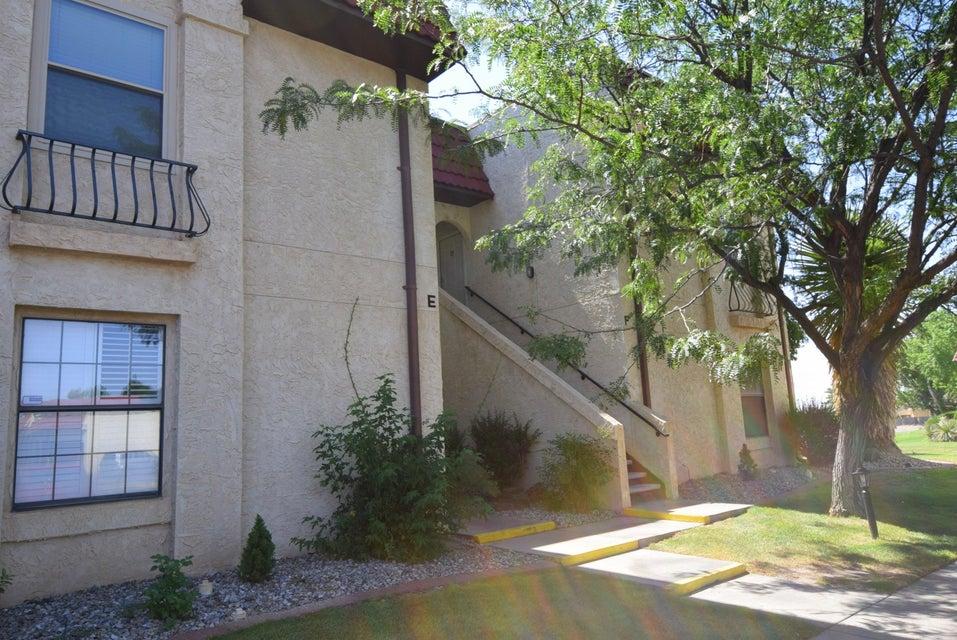 809 Country Club Drive SE 2E, Rio Rancho, NM 87124