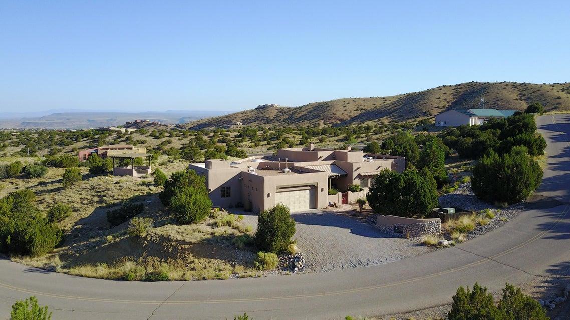 2 Pinon Ridge Drive, Placitas, NM 87043