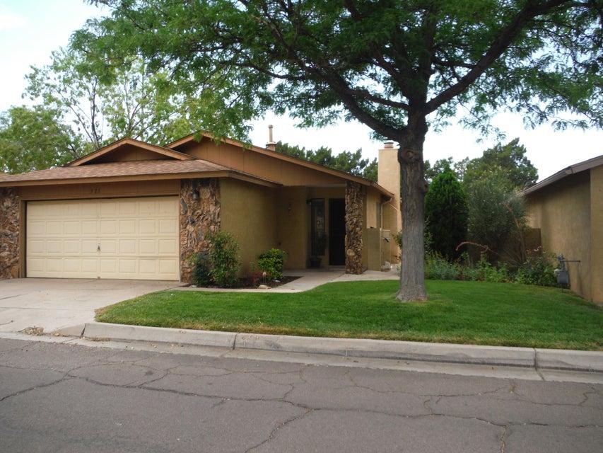 321 Rock Creek Park Avenue NE, Albuquerque, NM 87123