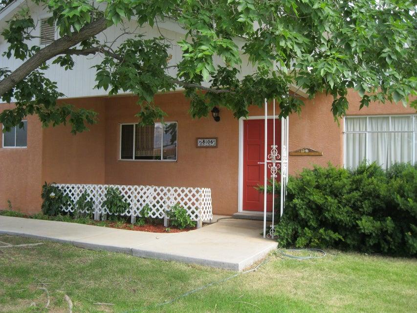 8106 NE Fruit Avenue NE, Albuquerque, NM 87108