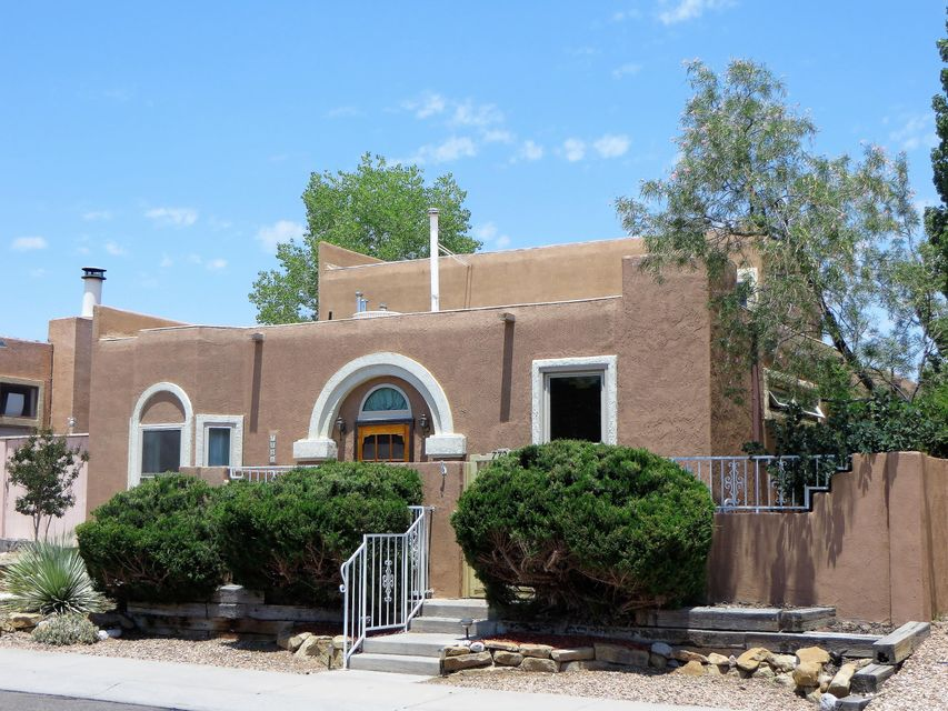 7721 Redwood Drive NW, Albuquerque, NM 87120