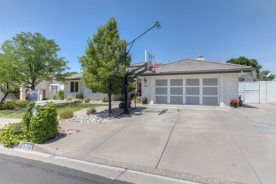 5905 Mimosa Place NE, Albuquerque, NM 87111