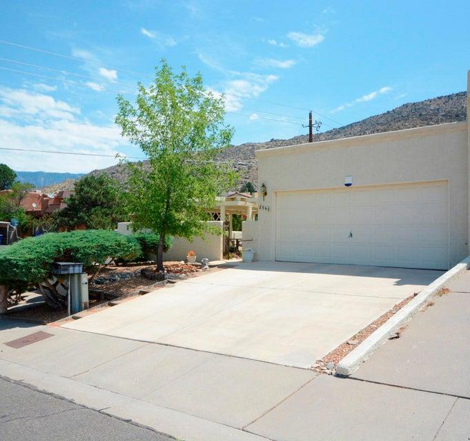 2940 Candelita Court NE, Albuquerque, NM 87112