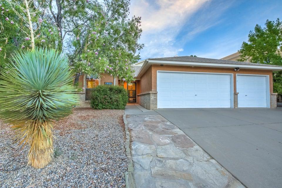 9637 Messervy Avenue NE, Albuquerque, NM 87109