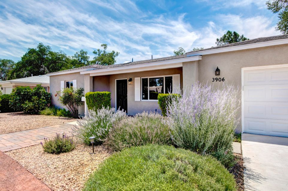 3906 Smith Avenue SE, Albuquerque, NM 87108
