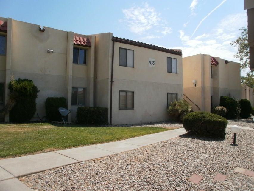 935 Country Club Drive SE E, Rio Rancho, NM 87124