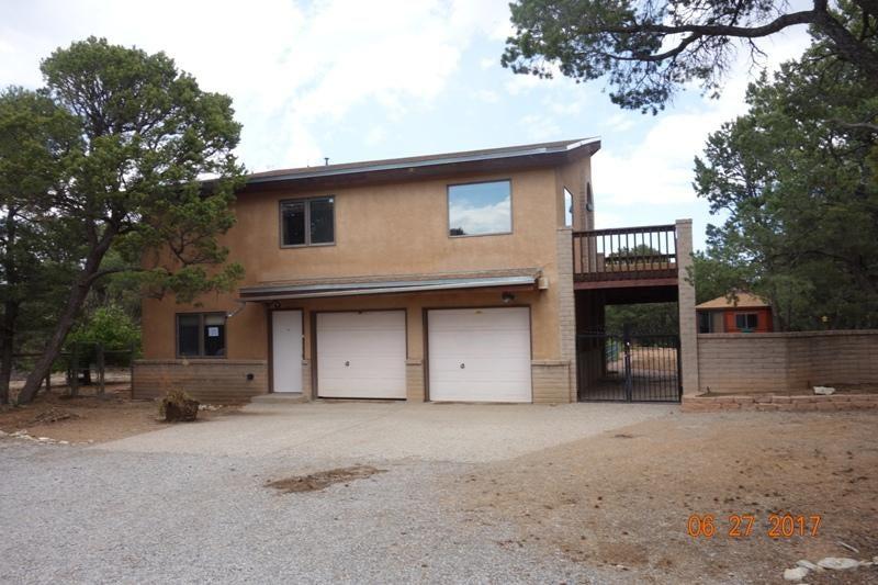 16 Bridal Lane, Tijeras, NM 87059
