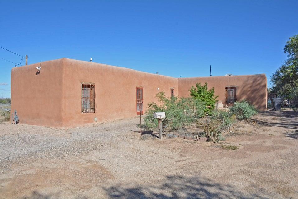 205 Griegos Road NE, Albuquerque, NM 87107