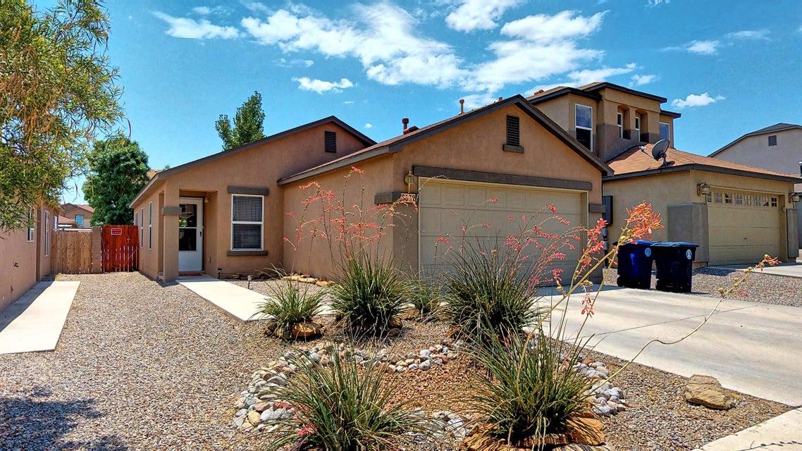 8632 Sonoma Avenue NW, Albuquerque, NM 87121