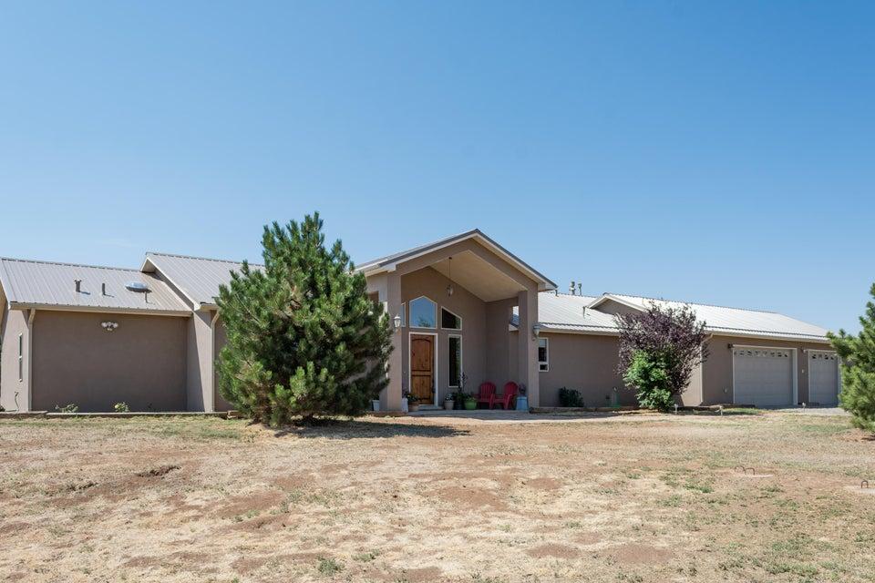 19 Sweenhart Drive, Tijeras, NM 87059
