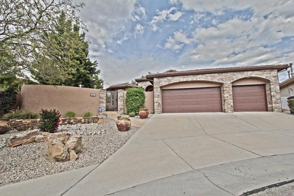 8801 Pico La Cueva Road NE, Albuquerque, NM 87122