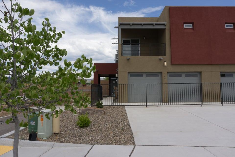 1664 Bull Lea Drive SE, Albuquerque, NM 87123