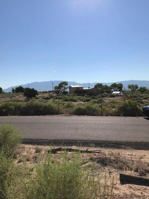 Via Corta Del Sur NW, Albuquerque, NM 87120