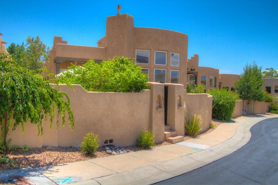 13208 Jo Lane NE, Albuquerque, NM 87111
