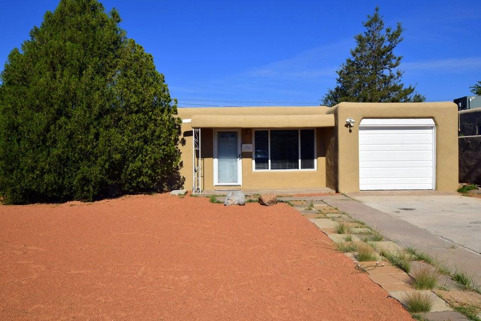 2515 Carol Street NE, Albuquerque, NM 87112
