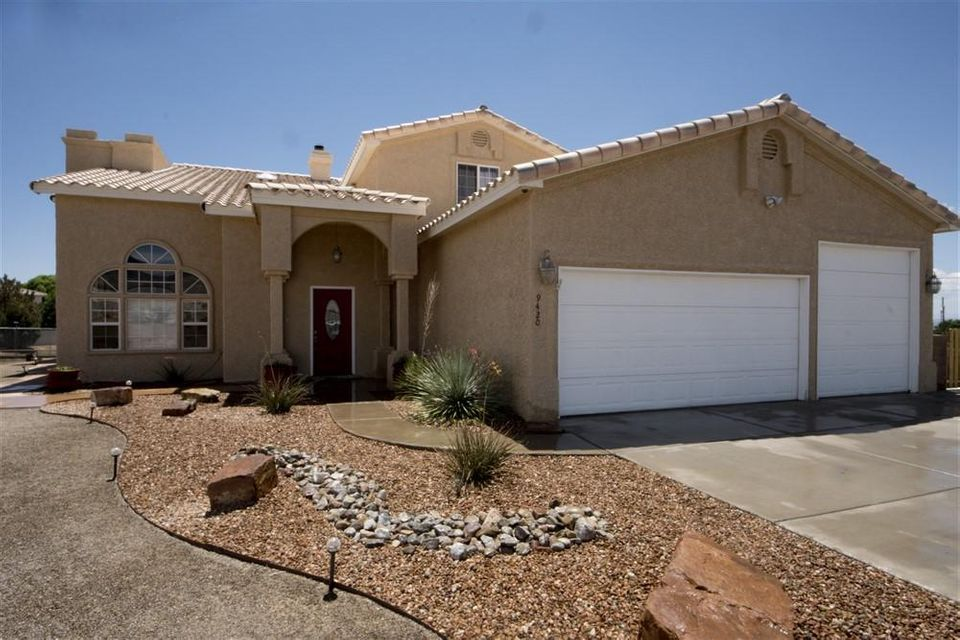 9420 Wilshire Avenue NE, Albuquerque, NM 87122
