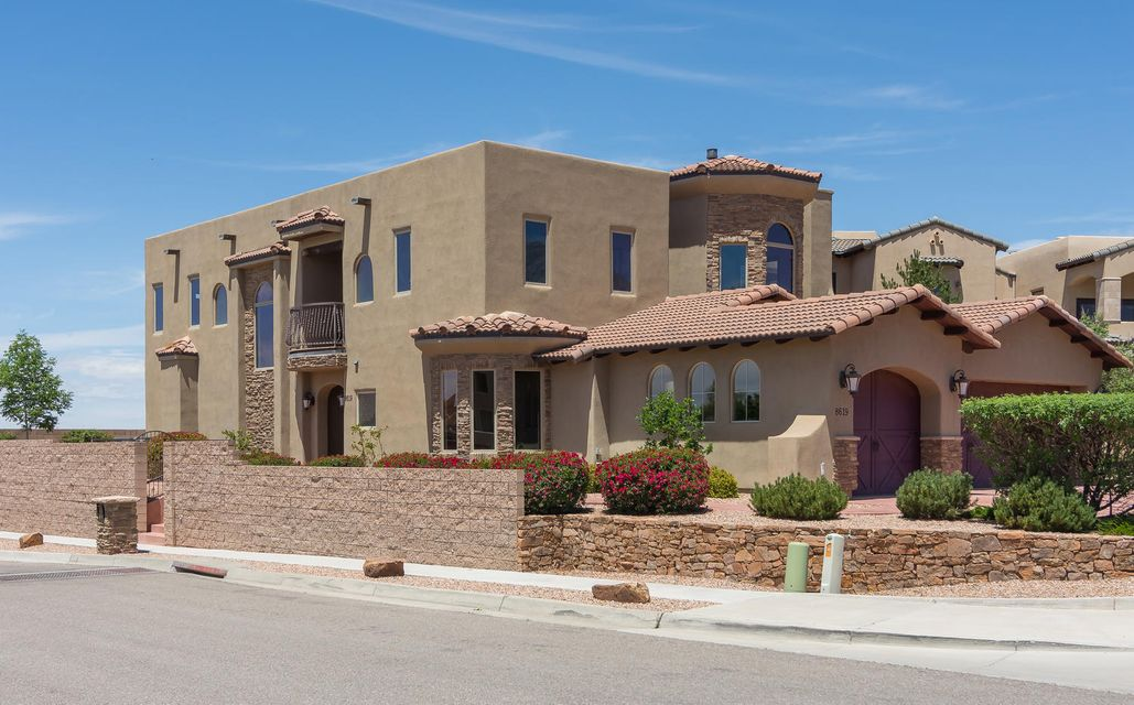 8619 Vintner Court NE, Albuquerque, NM 87122
